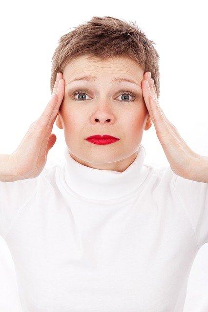 Allergie Kopfschmerzen: So kann ein Luftreiniger helfen